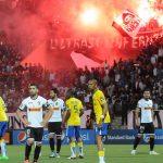 Les joueurs surpris par la réaction des supporters. Djamel Satta/New Press