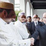 Hollande lors d'une de ses visites à la Mosquée de Paris. D. R.