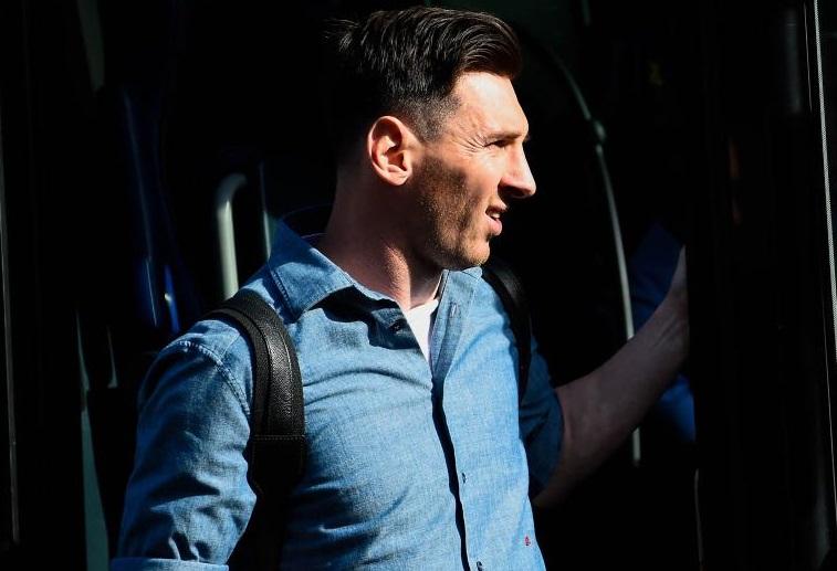Messi s'envolera ce lundi pour Londres avec ses camarades. D. R.