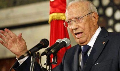 Tunisie : l'état d'urgence prolongé de deux mois