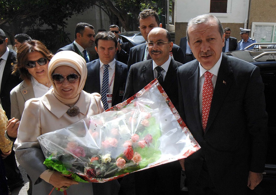 Le couple Erdogan à Alger en 2013. New Press