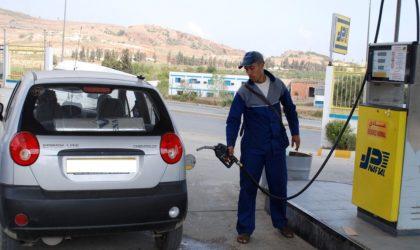 Carburant : Naftal généralise les cartes électroniques