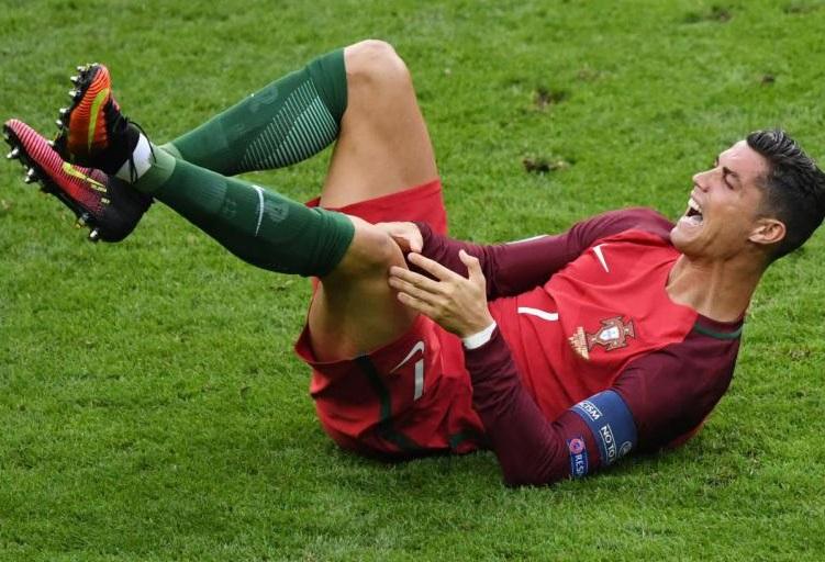 Ronaldo blessé à un genou lors de la finale de l'Euro-2016. D. R.