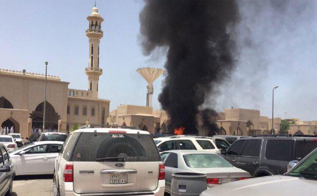Au moment de l'explosion près de la mosquée de Médine. D. R.