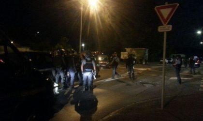 Six gendarmes blessés par arme à feu près de Paris