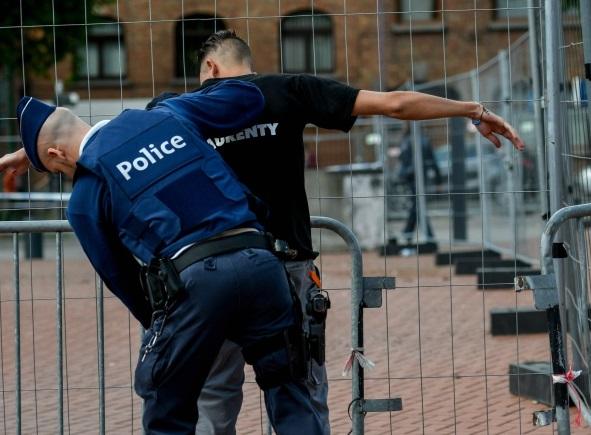Photo de l'arrestation parue dans les médias belges. D. R.