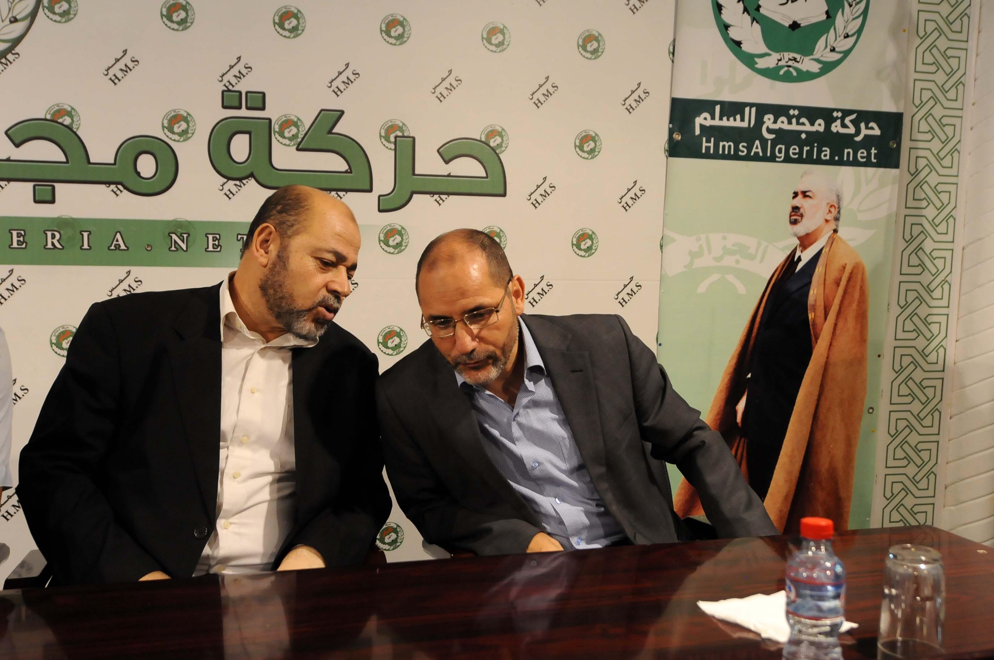 Le vice-président du bureau politique du Hamas, Moussa Abou Marzoug, s'entretenant avec le chef du MSP. New Press