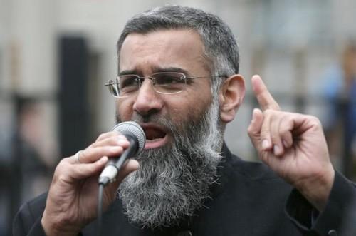 Anjem Choudary, figure centrale des milieux djihadistes britanniques. D. R.