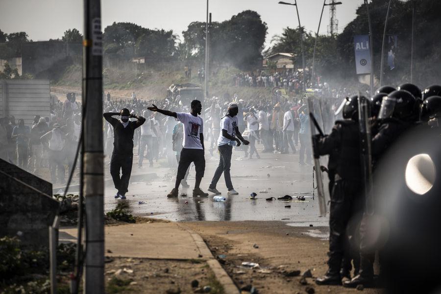Scènes d'émeutes à Libreville. D. R.