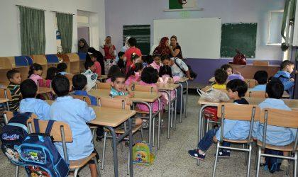Des milliers d'élèves de 1re et 2e années du cycle primaire privés d'école
