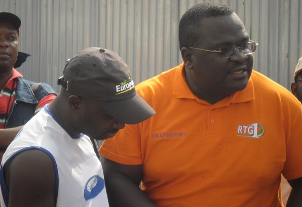 Pablo Moussodji Ngoma (polo orange). D. R.