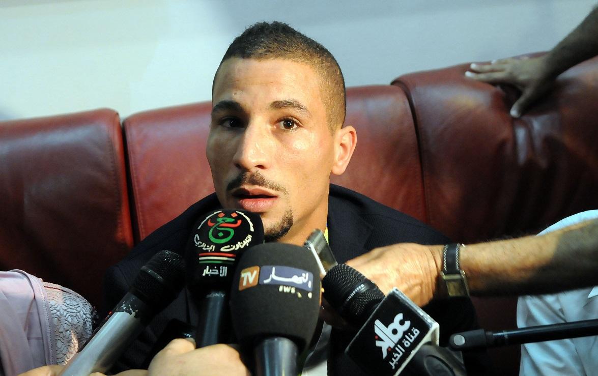 Taoufik Makhloufi à son arrivée à Alger. New Press