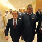 Satisfaction des ministres qatari et algérien de l'Energie à l'issue de la réunion de l'Opep, hier soir. Sid-Ali Djarboub/New Press