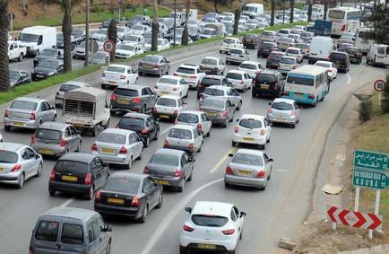 La baisse  du chiffre d'affaires due au recul des importations de véhicules. New Press