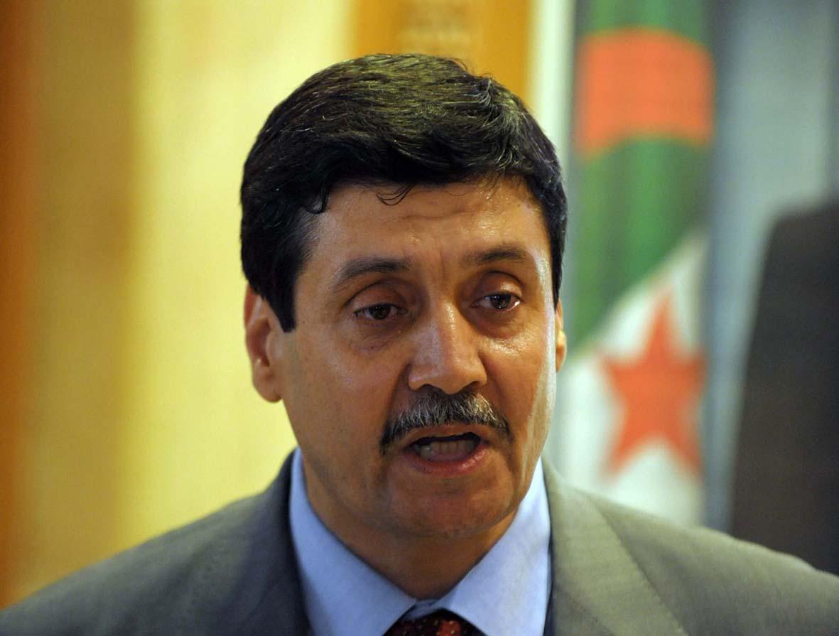 Tayeb Zitouni, ministre des Moudjahidine. New Press