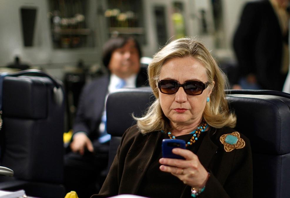 Le FBI va rouvrir le dossier classé de la messagerie privée d'Hillary Clinton. D. R.