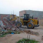 Les constructions non conformes seront détruites. New Press