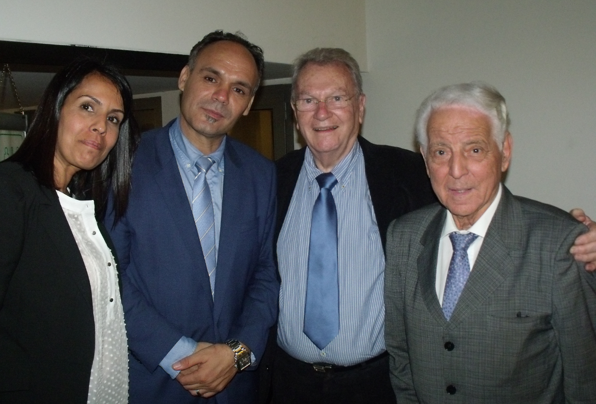 Le président de l'Ufac, Abdelkader Haddouche, avec Yves Bonnet et Ali Haroun. D. R.