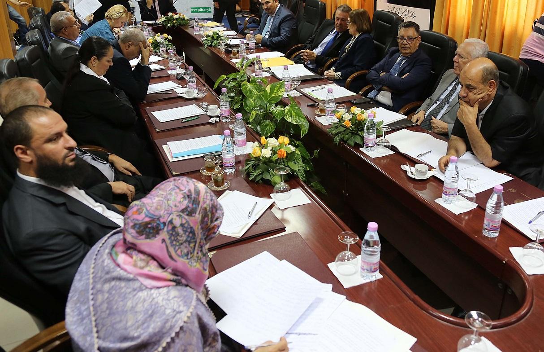 Précédente réunion du Bureau politique du FLN. New Press