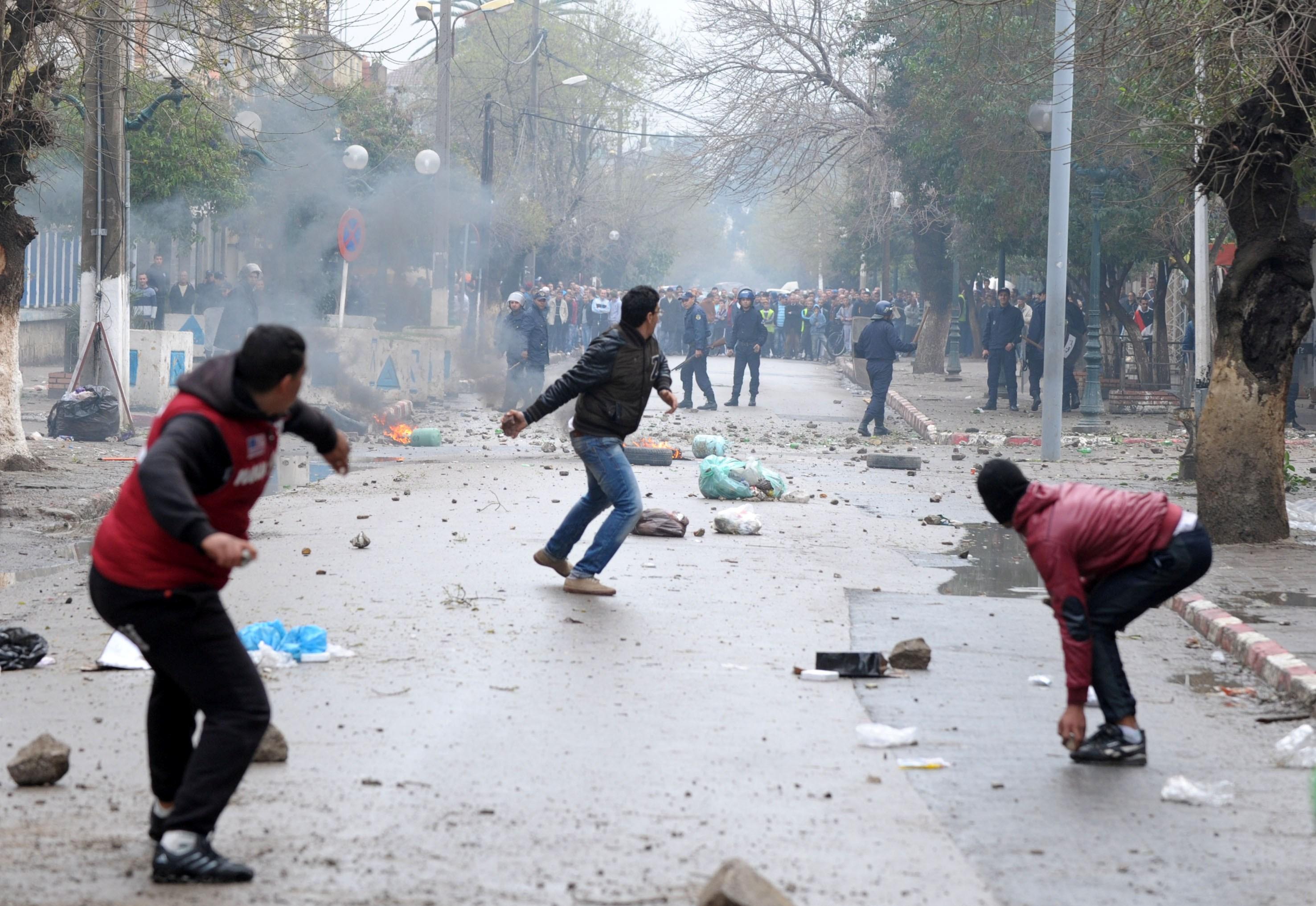 protestations violentes pour le gaz à sétif algérie patriotique