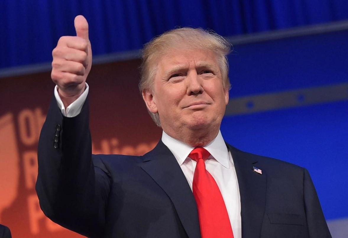 Donald Trump. D R.