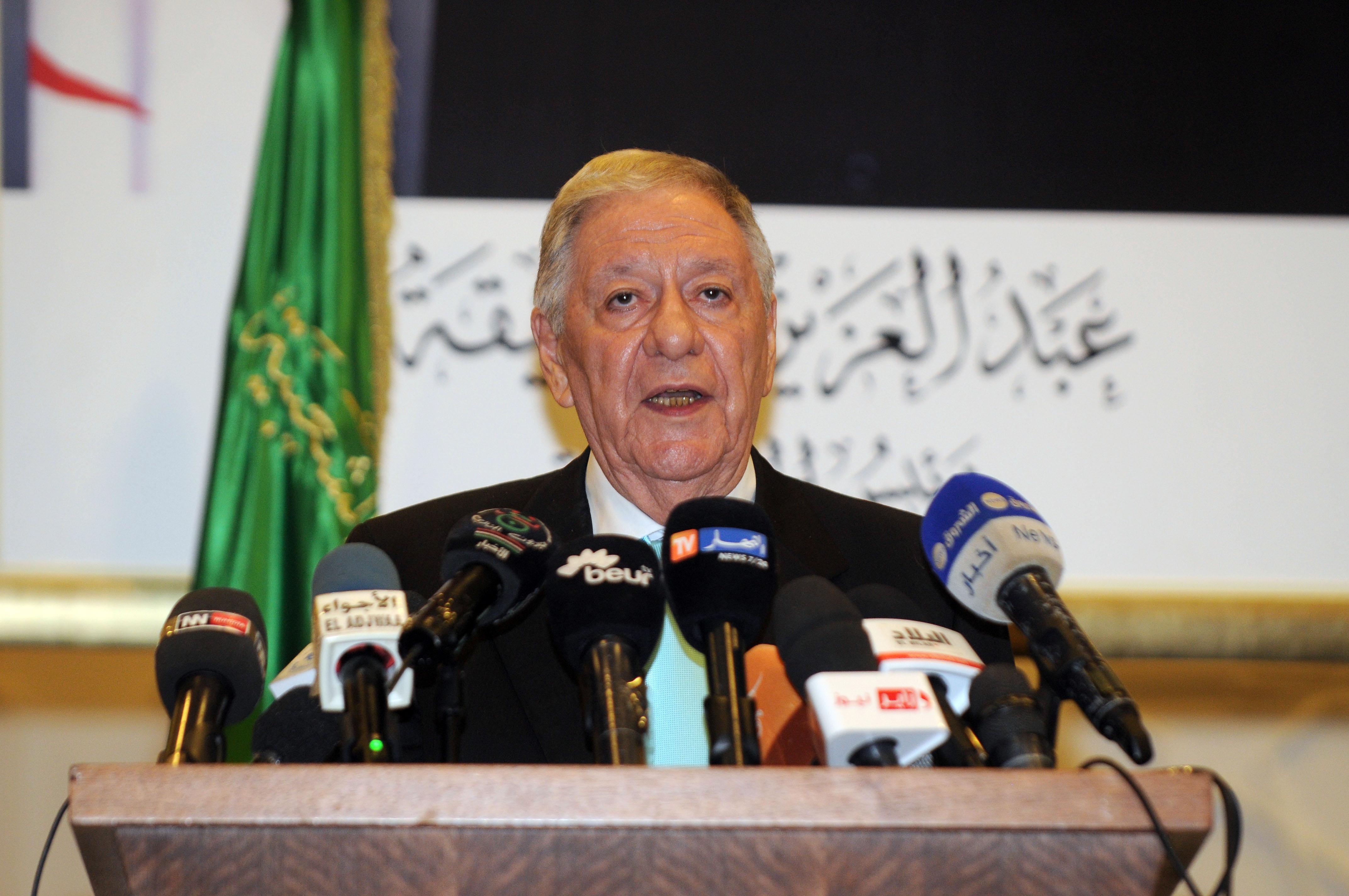 Djamel Ould-Abbès, lors de sa conférence de presse, aujourd'hui. New Press