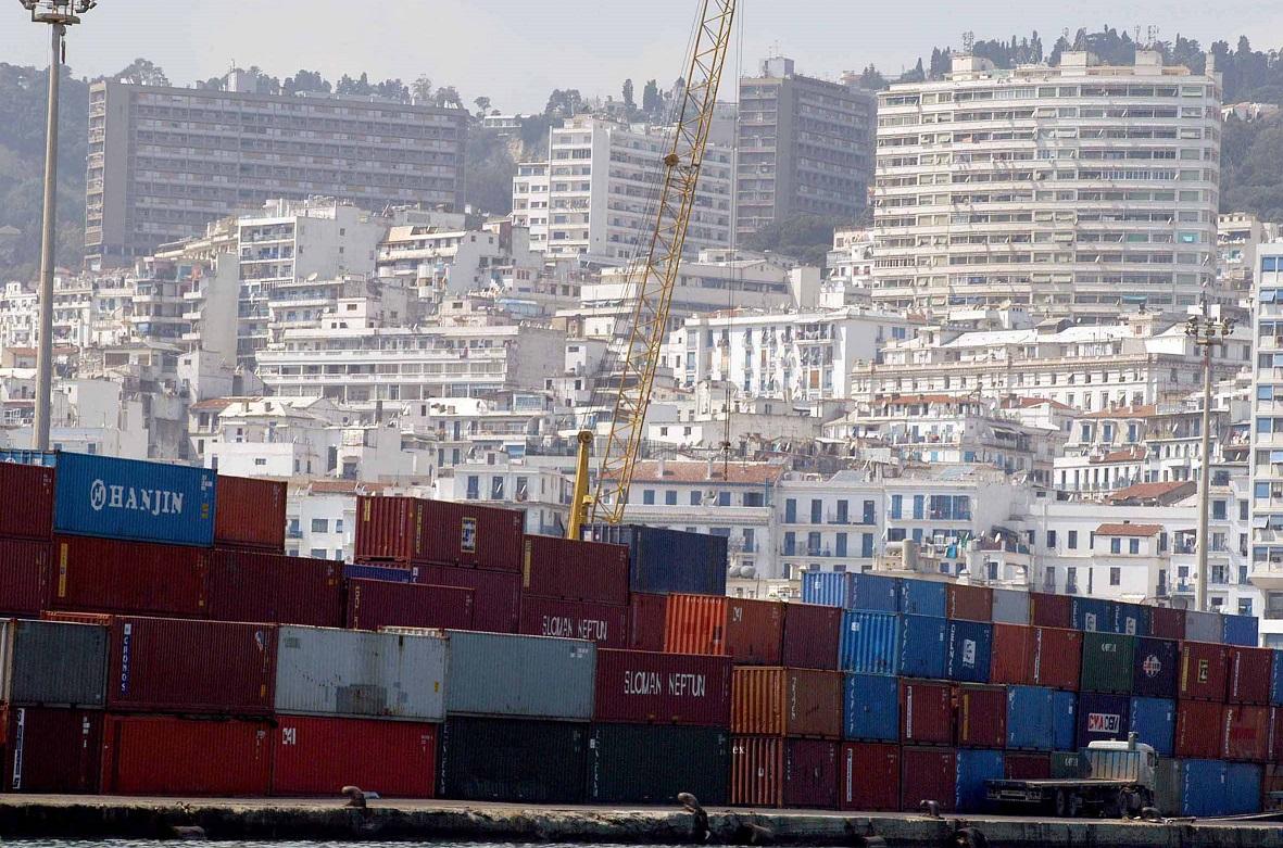 Les importations se sont réduites à un moindre rythme que les exportations. New Press