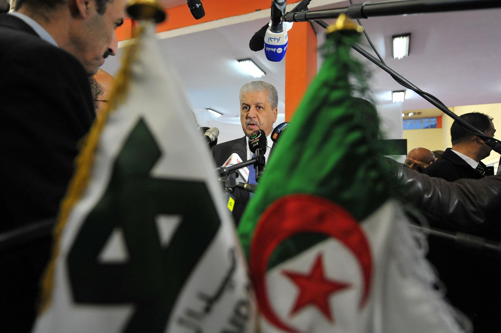 Inauguration de la Foire de la production algérienne par Sellal. New Press
