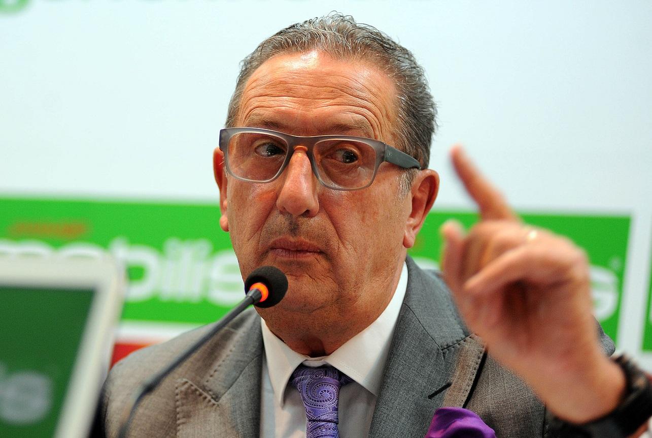 Leekens lors de sa première rencontre avec les médias algériens. New Press