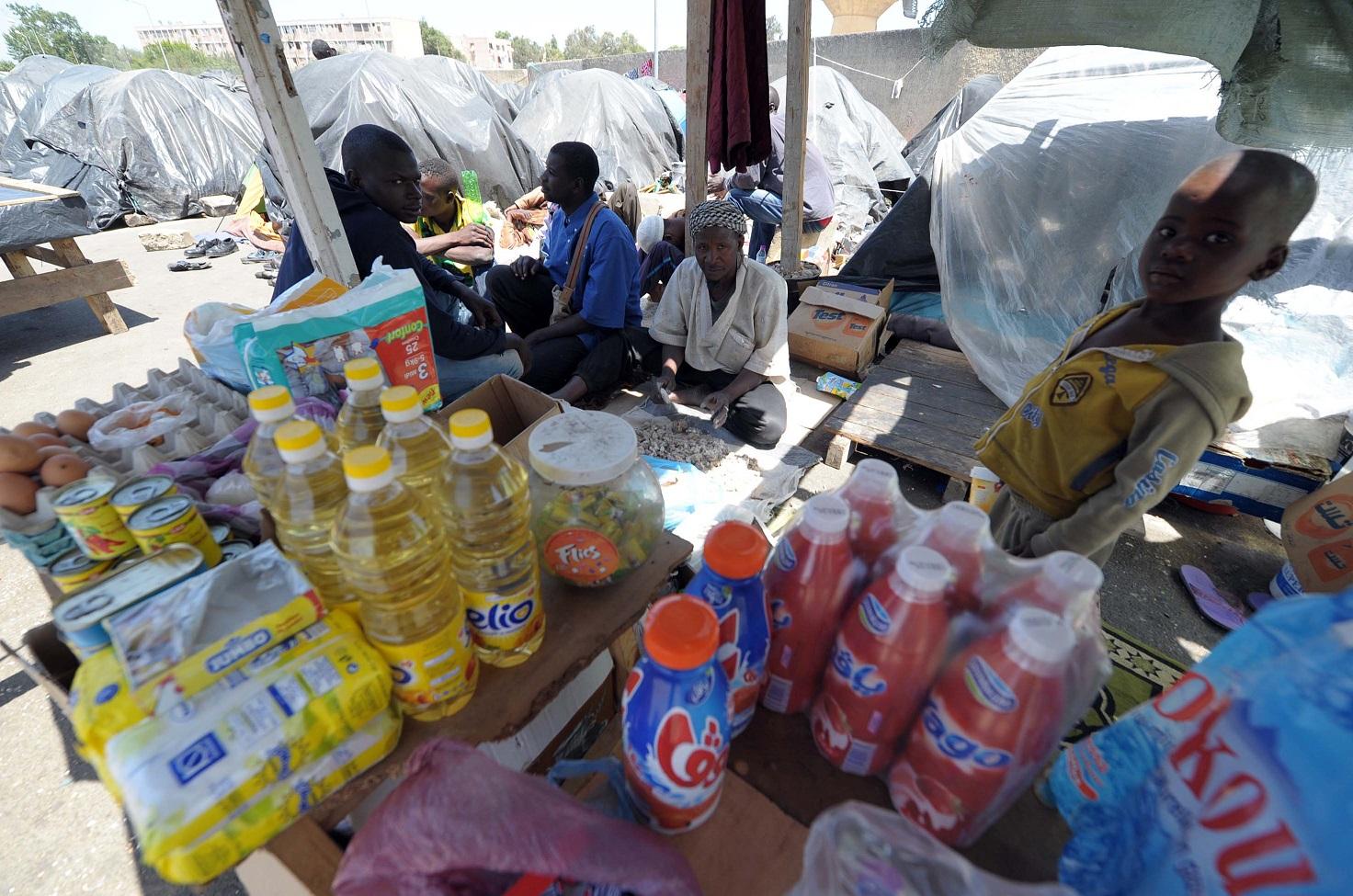 Des réfugiés africains en Algérie. New Press