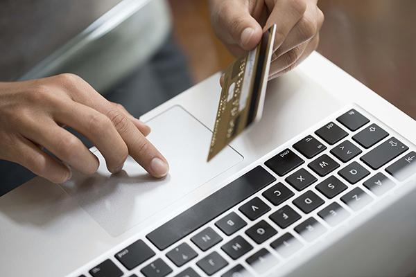 Plusieurs entreprises ont lancé le paiement électronique de leurs prestations. D. R.