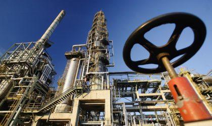 Le pétrole stable pour la dernière séance de l'année