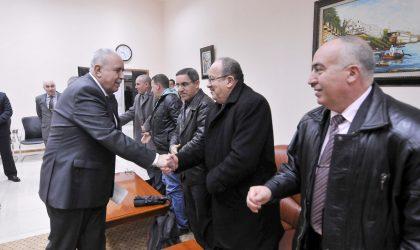Mohamed El-Ghazi promet le renforcement du dialogue avec le partenaire social