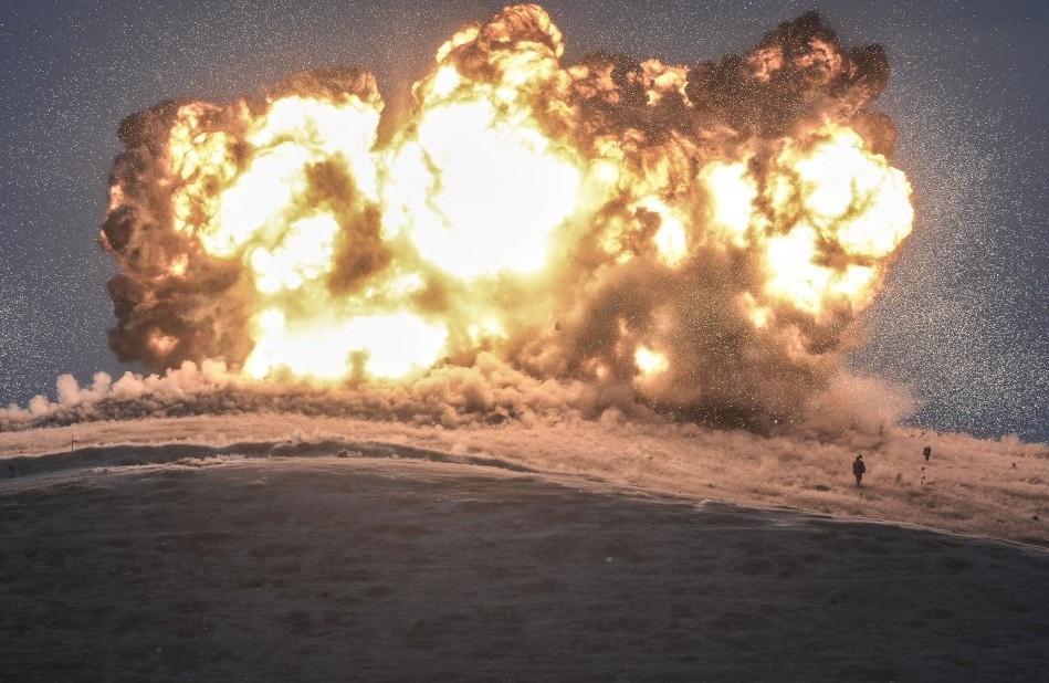 Une centaine de bombes ont été utilisées. D. R.