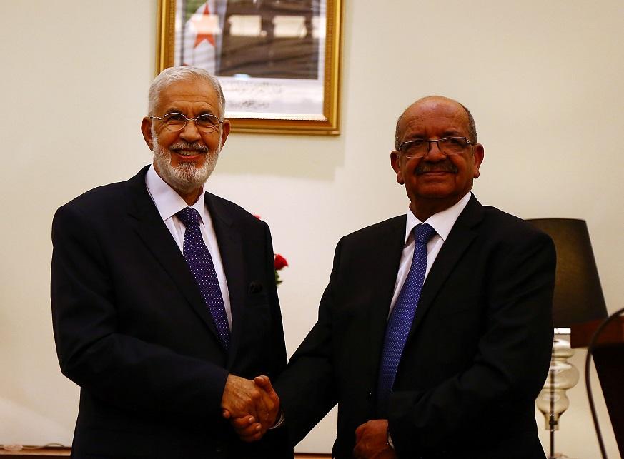 Abdelkader Messahel avec le ministre libyen des Affaires étrangères. New Press