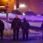 Des policiers sur le lieu de l'attaque. D. R.