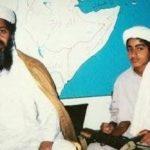 Oussama Ben Laden et son fils Hamza. D. R.
