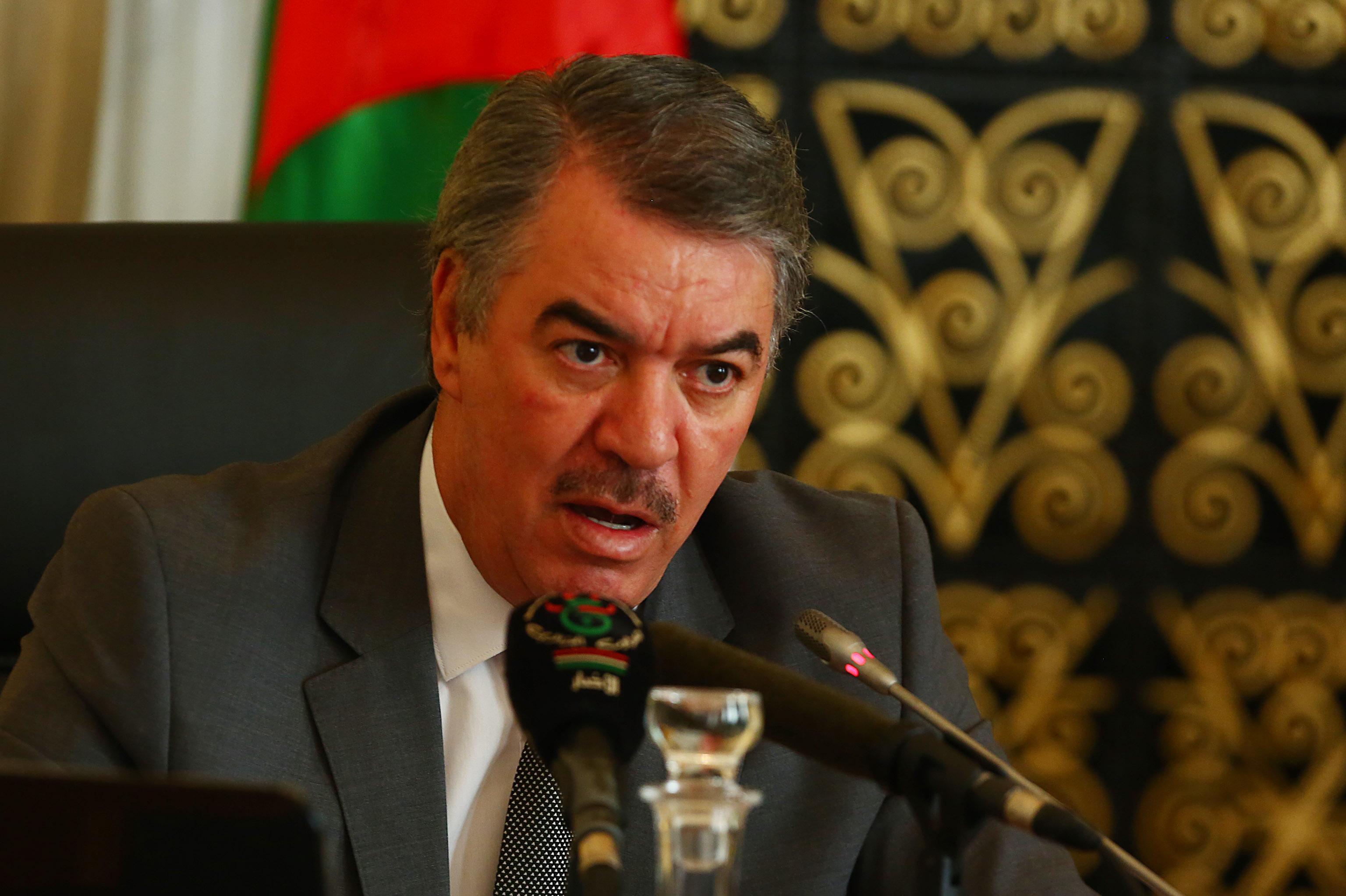 Tahar Hadjar, ministre de  l'Enseignement supérieur et de la Recherche scientifique. New Press