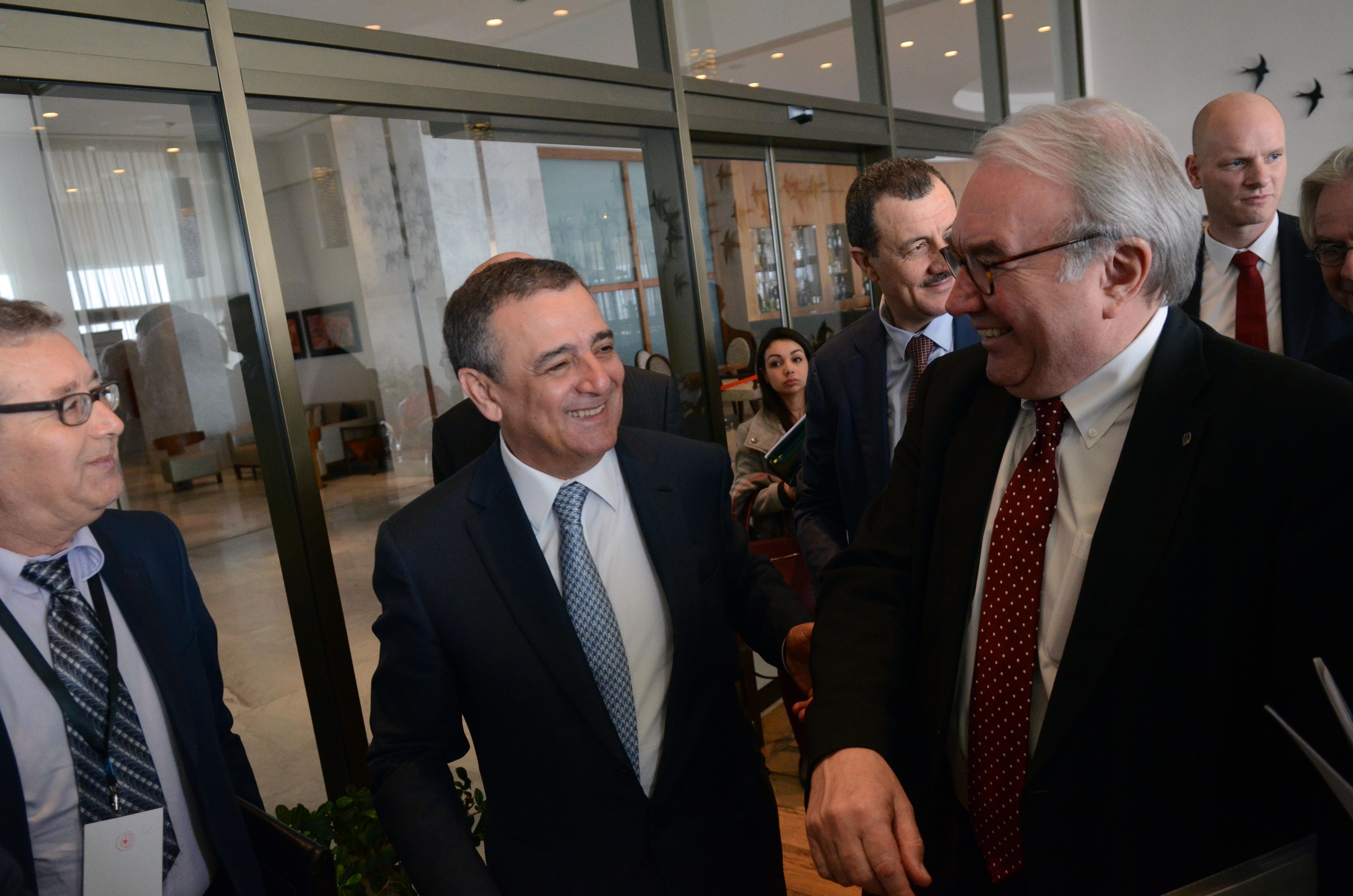 Bouchouareb avec le vice-ministre allemand de l'Economie et de l'Energie. New Press