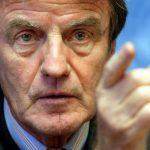 Pour Bernard Kouchner, la responsabilité est partagée entre la France et l'Algérie. D. R.