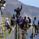 Les migrants entrent dans l'enclave espagnole de Ceuta par vagues successives. D. R.