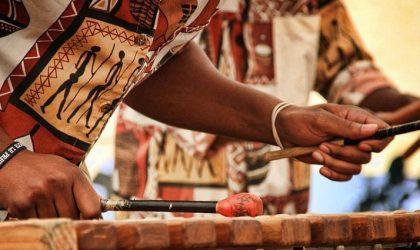 Le groupe sud-africain Marimba Vibrations en concert à Alger