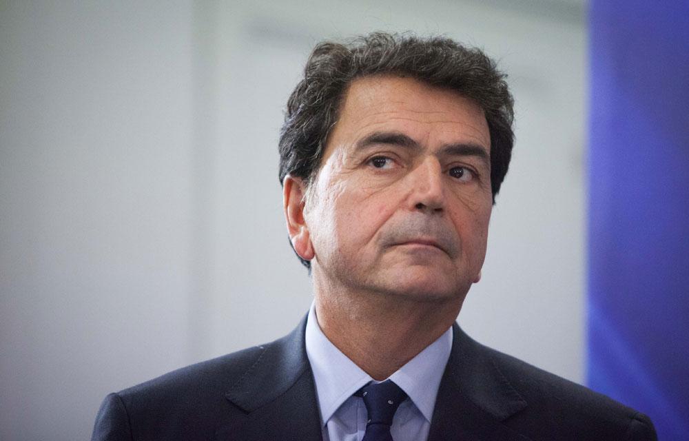 Pierre Lellouche : «Des morceaux du territoire échappent au droit de la république». D. R.