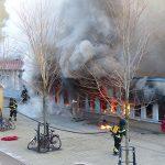 Une mosquée incendiée en Suède. D. R.