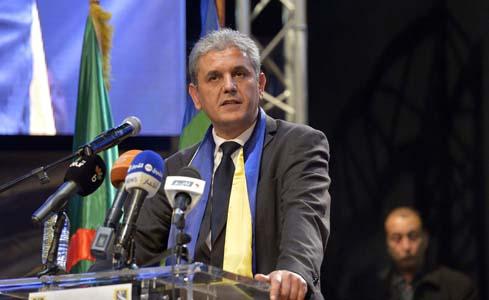 Le RCD exhorte les Algériens à aller voter, car rien n'est encore perdu. New Press