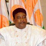 La politique du président nigérien, Mahamadou Issoufou, est très décriée. D. R.