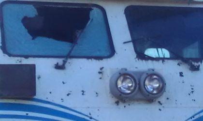Le train Alger-Oran caillassé : le mécanicien blessé