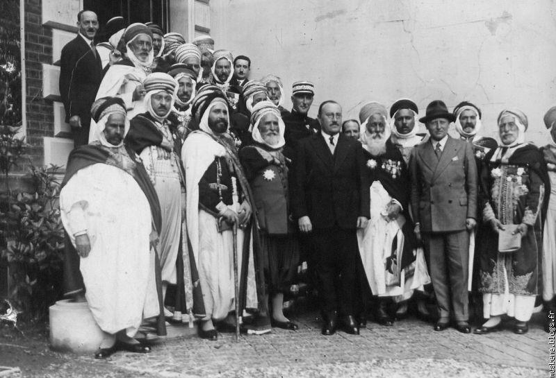 Un ramassis de bachaghas et de caïds à la solde de la France coloniale. D. R.