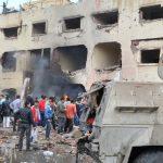 Un commissariat de police visé par un attentat le 12 avril 2015 à El-Arish, dans le Sinaï. D. R.