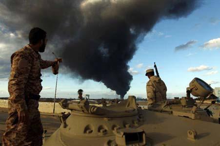 Inquiétudes internationales après l'escalade armée dans le croissant pétrolier. D. R.